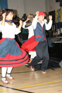 Basque dancers Mallorie Leal and Mitch Pollock. /Ron Espinola • The Brand