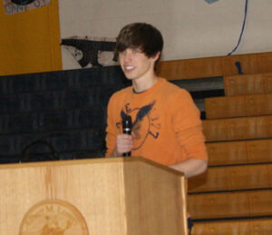 Chase Estes gives his campaign speech. /Hana Etcheverry • The Brand