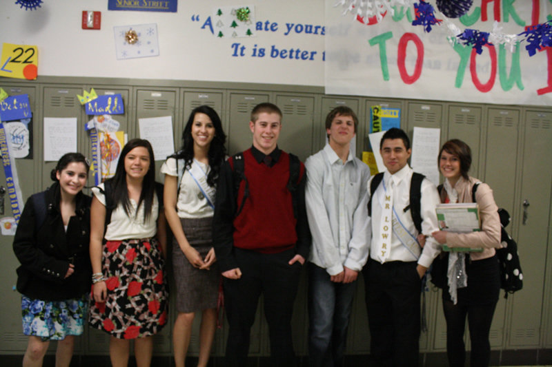 A group of students gathered to take a picture for Dress to Impress Day. /Madison Waldie • The Brand