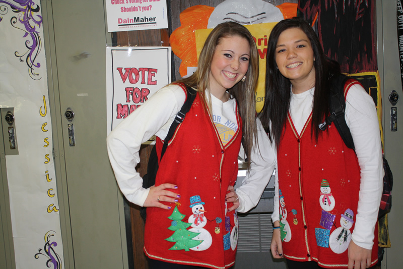 Candace Comeau and Taylor Johnson on Twin Day. /Jessie Schirrick • The Brand