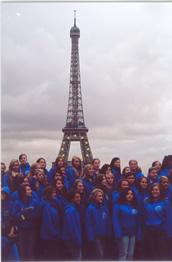 American All-Star dance team performs in Paris