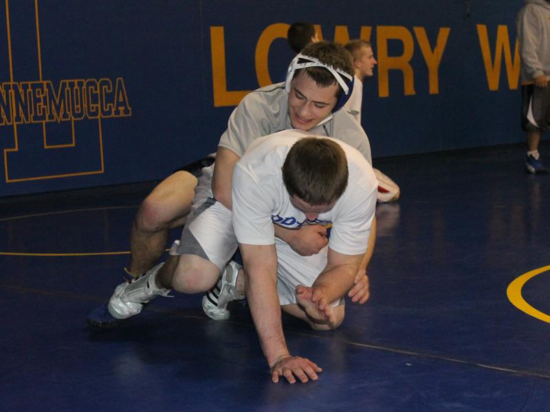 Wrestlers continue success at Carson Duals